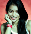 sweet-simple-filipina-girl