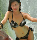 cute-filipina-babe-at-the-pool-side