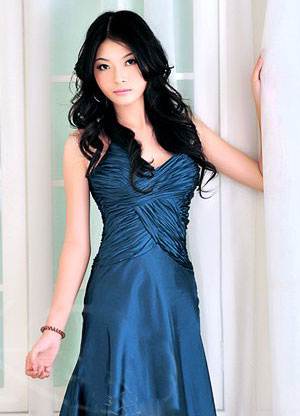 Chinese Beauty in a sexy blue dress