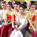 Chiang Mai girls at festival