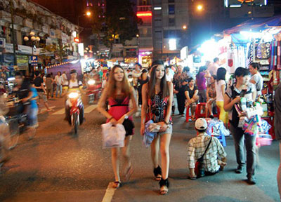 ho chi minh girls shopping