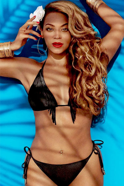 Beyonce Knowles in seductive black bikini