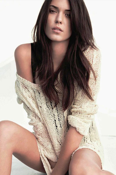 Odette Annable in off shoulder dress