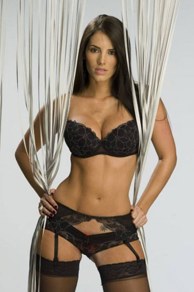 tempting model Gaby Espino