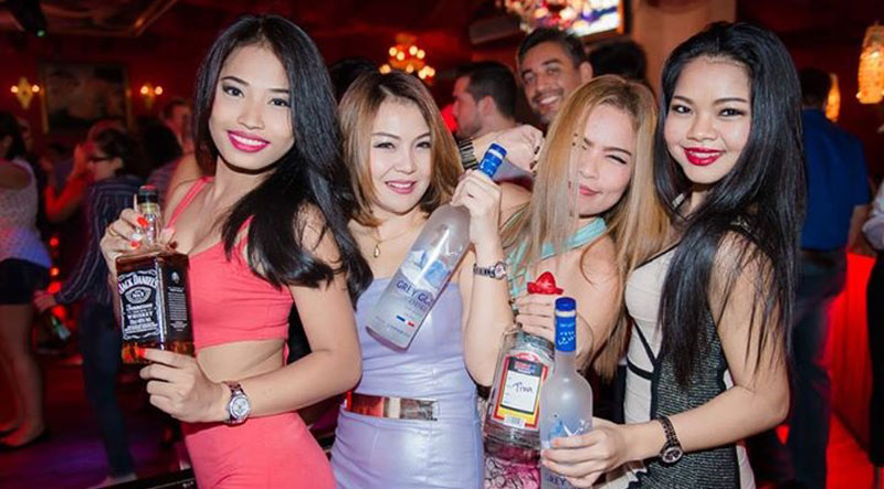 Beautiful Thai Single women in club