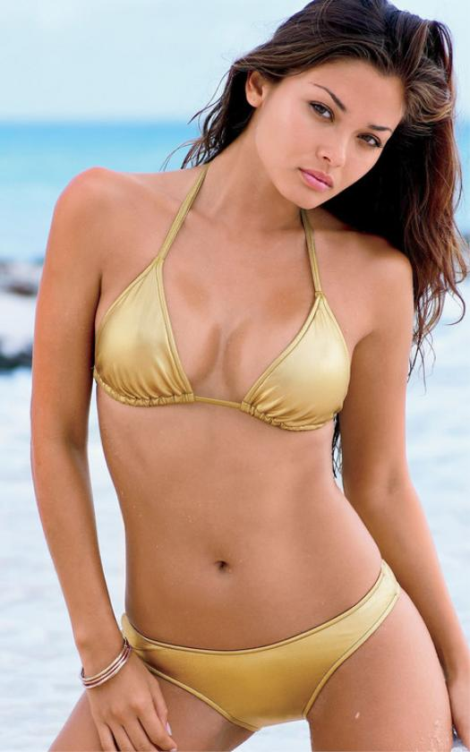 Wears angeles brazilian bikini this