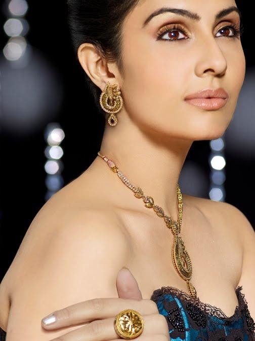 Divya Parameshwaran - Indian Film Actress