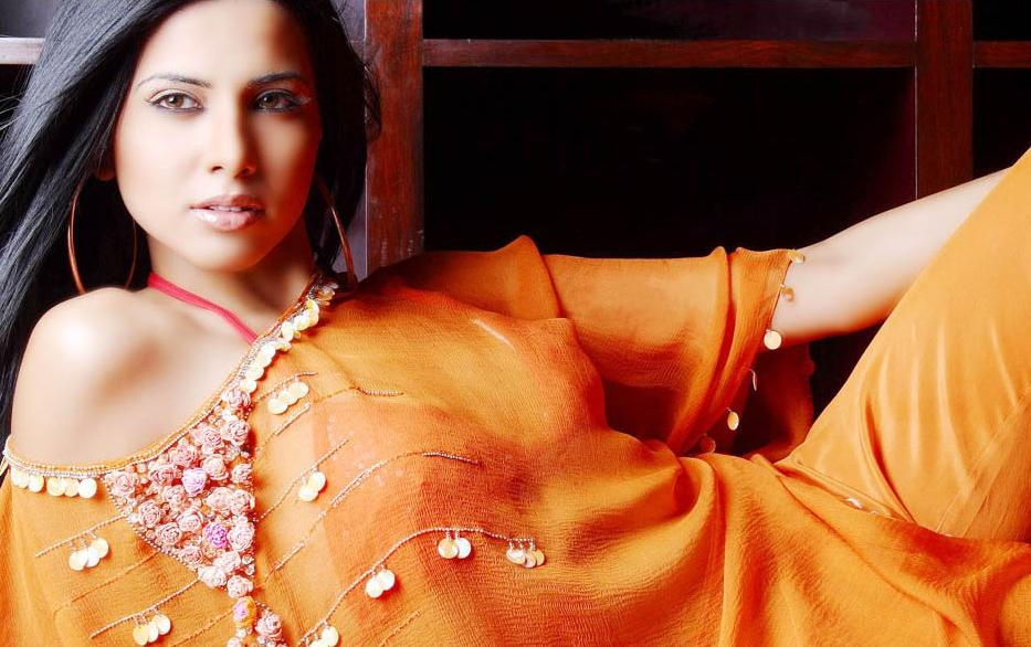 Nikita Anand - Hot Indian Model