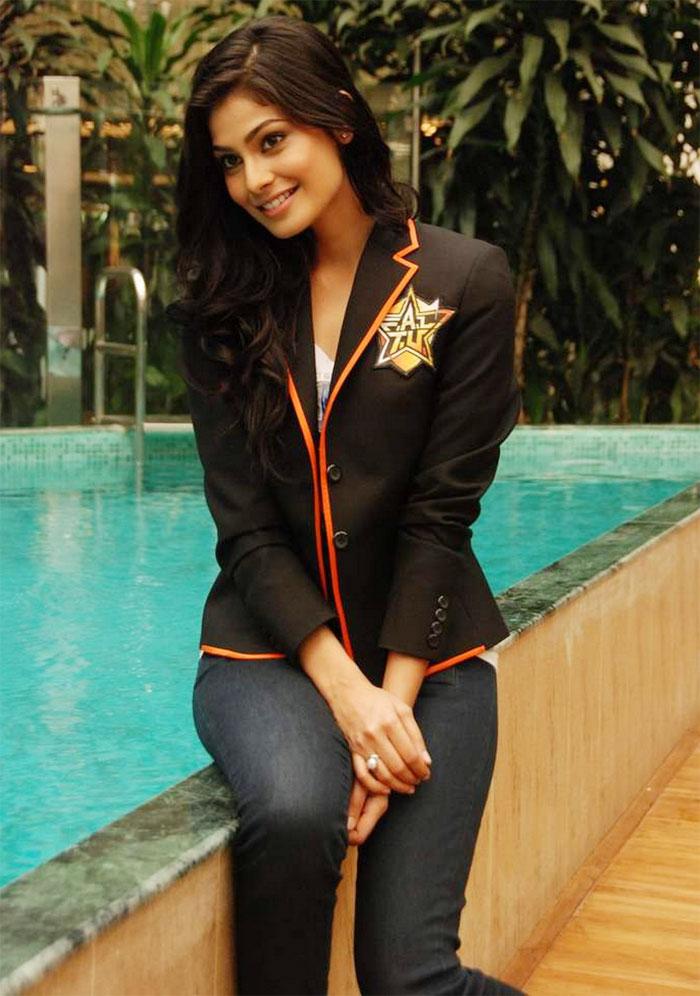 20 Most Beautiful Indian Women