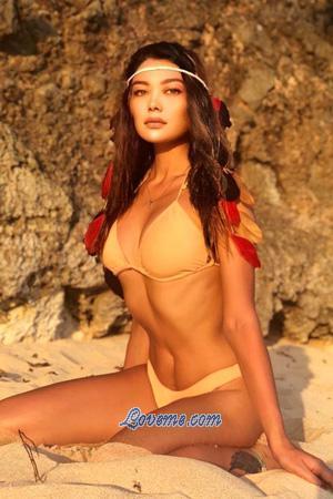 Kazakh woman with flat abs
