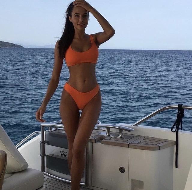 Anastasia Reshetova hot on the yacht