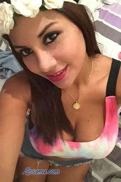 artistic brunette girl from Lima