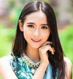 Chinese girl cute photoshoot