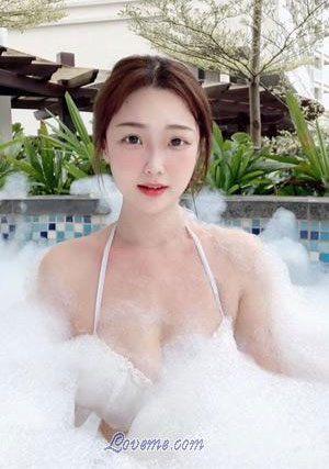cute Chinese girl in bubble bath