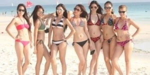 hot Filipina girls at the beach