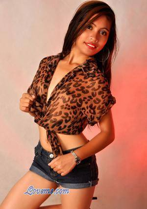 lovely Cebuana in a leopard print shirt