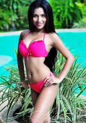 pretty Filipina babe hot in pink two piece