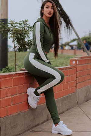 sporty Peruvian dancer