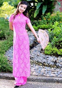 tantalizing Vietnam bride
