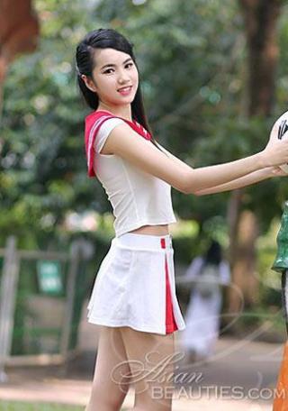 tempting tall Vietnamese bride