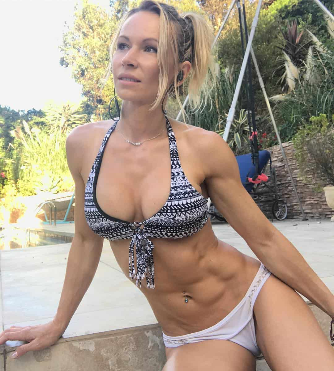 blonde Zuzka Light showing abs