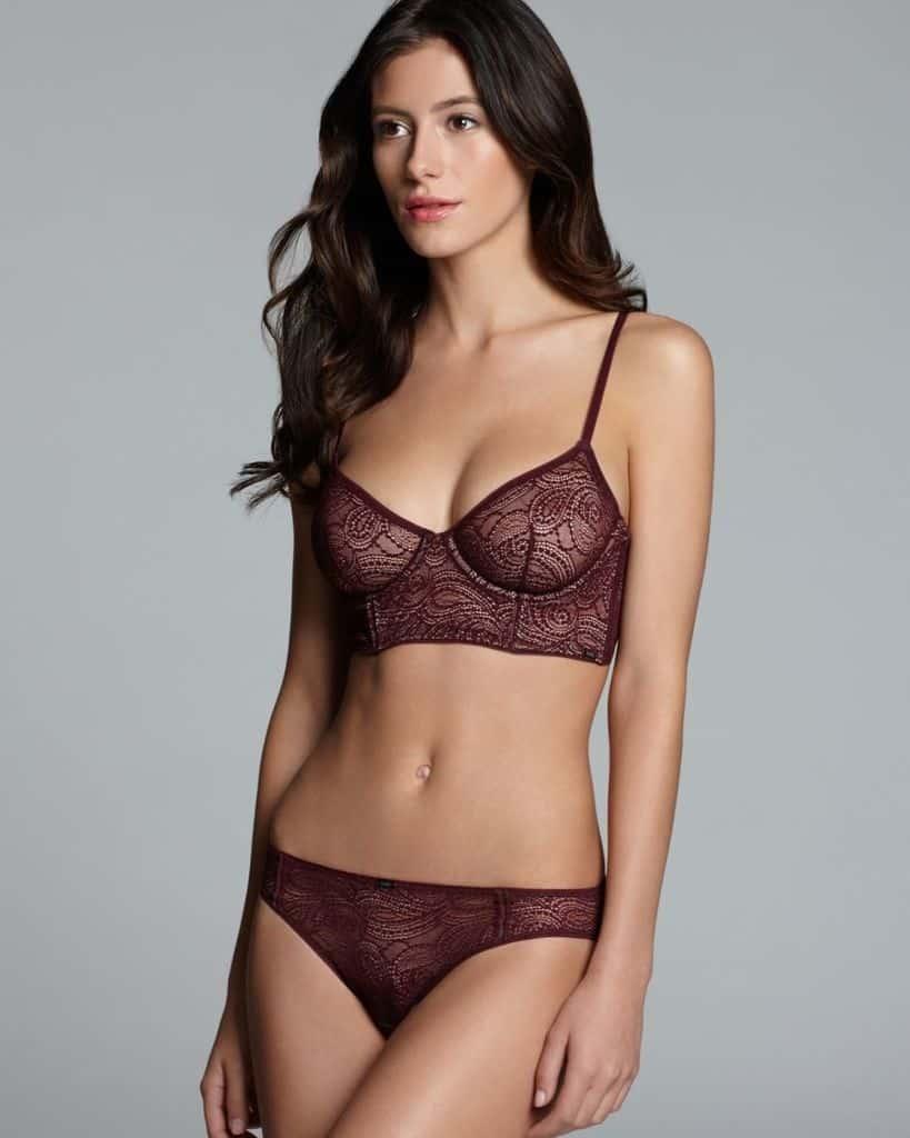 Alejandra Guilmant nice curvy body