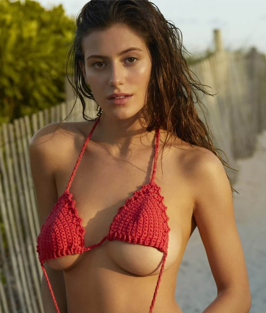 Alejandra Guilmant wearing red bra