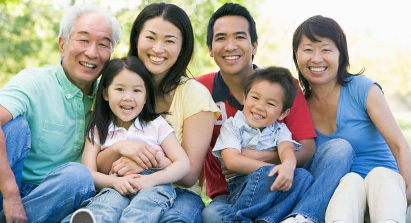 meet family of your Thai girlfriend