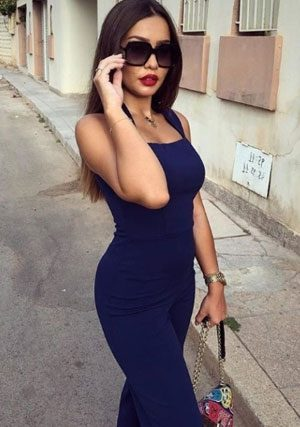 curvy fashionista from Lebanon