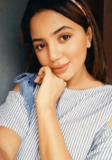 cute Moroccan babe looking for partner