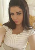 Lebanese accountant with tantalizing eyes