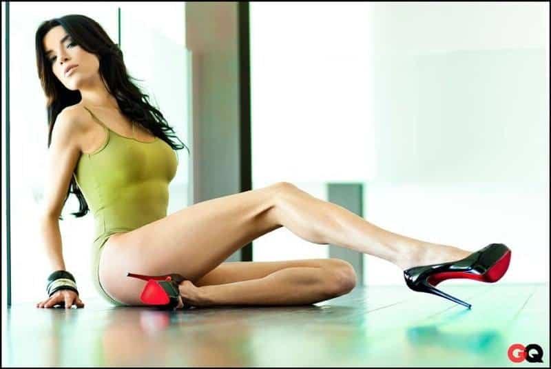 Claudia Salinas bikini photo