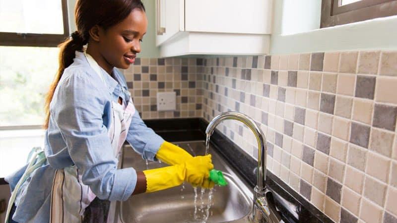 girl doing household chores