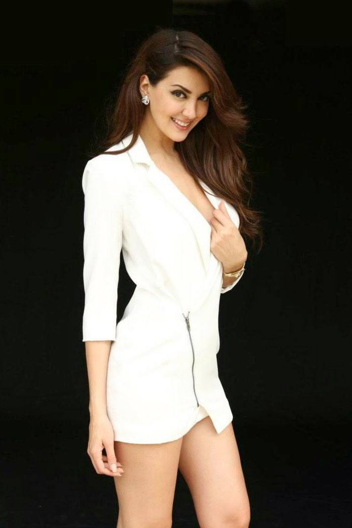 Priscila Perales gorgeous in white