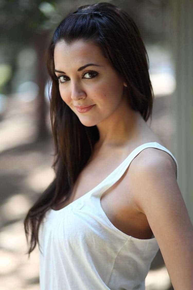 Priscila Perales simply beautiful