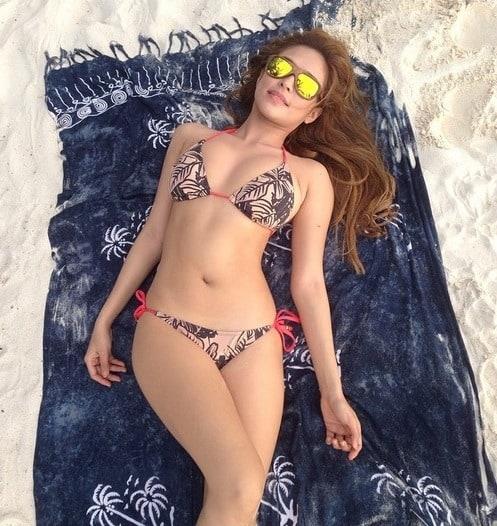 Bangs Garcia hot beach bod