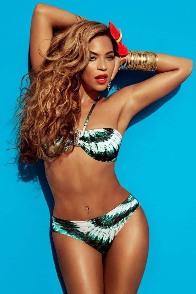 Beyonce sexiest bikini picture