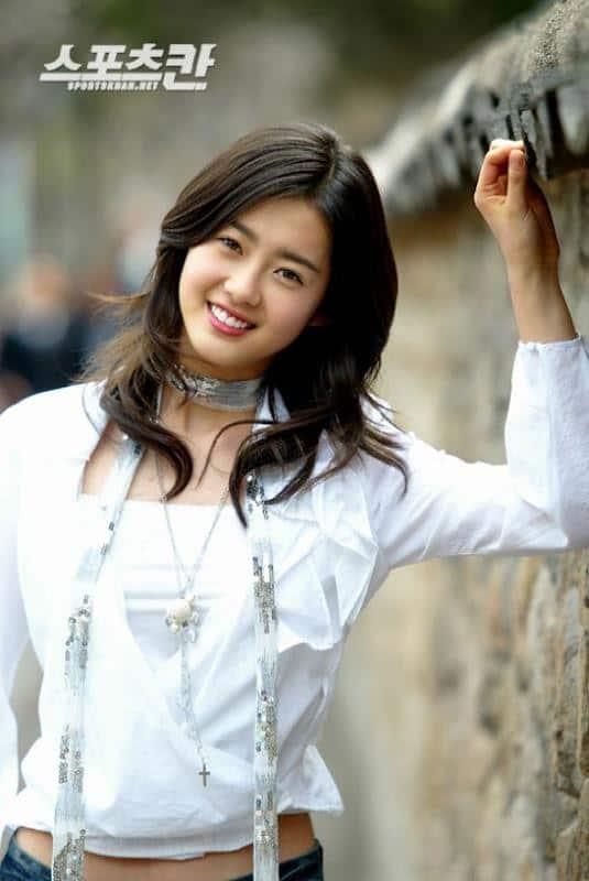 Go Ah Ra Kpop star