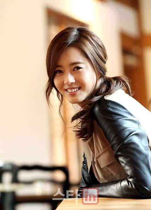 Go Ah Ra smile