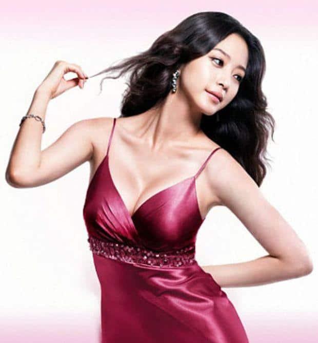 Han Ye Seul sexy lingerie