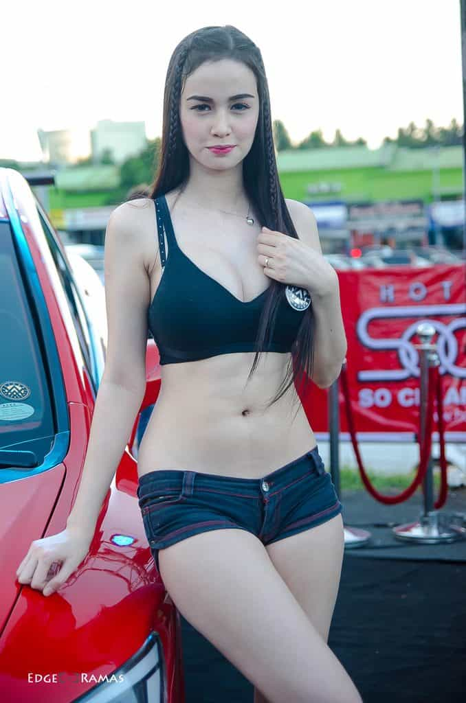 Kim Domingo at a car show event