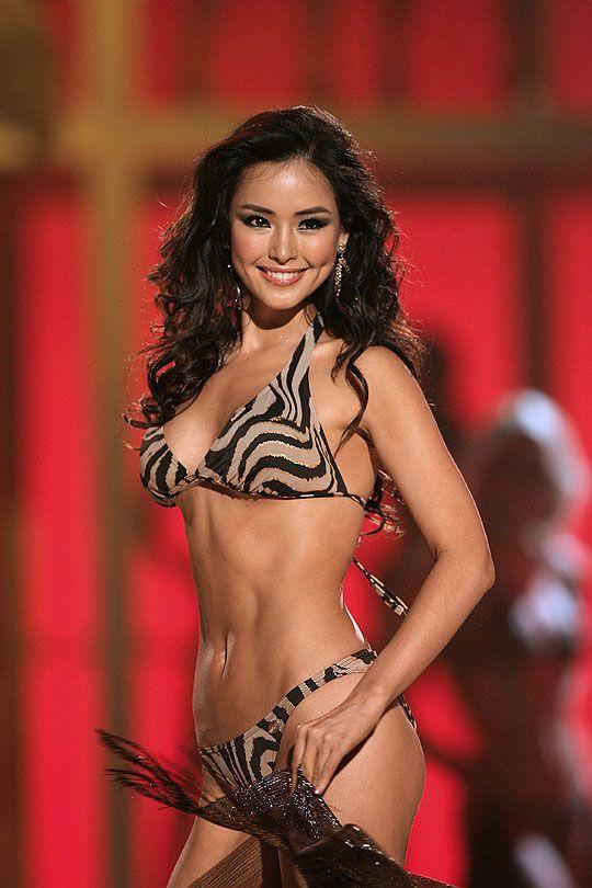 Lee Hanee bikini