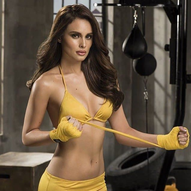 Max Collins hot boxer in yellow
