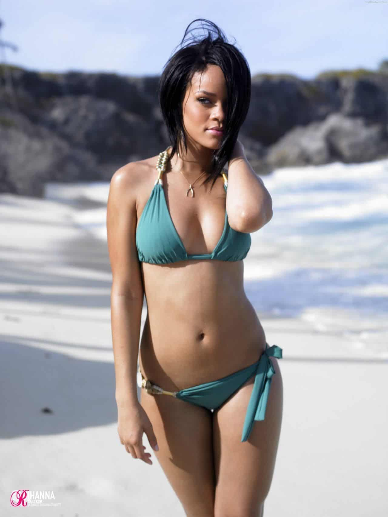 Rihanna hot sexy bikini at the beach