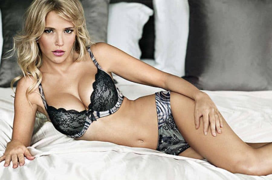 Argentina Model Luisana Lopito