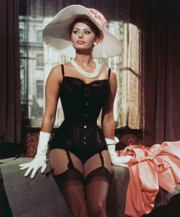 Sophia Loren - Original Italian Sex Bomb!