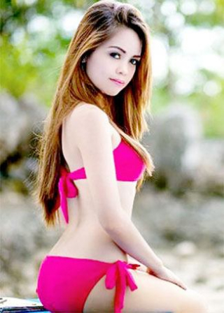 pretty in pink Filipina babe
