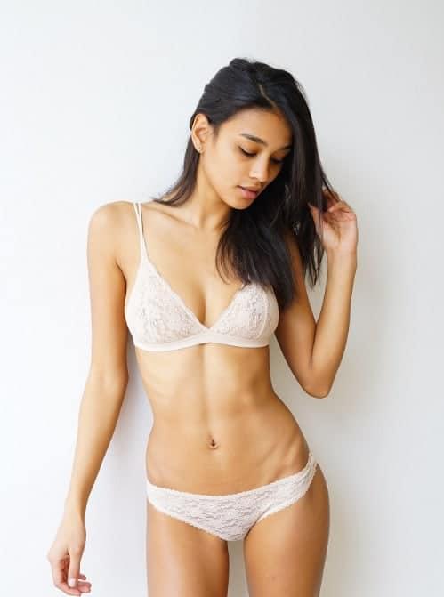 Lisa-Marie Jaftha sexy in bikini