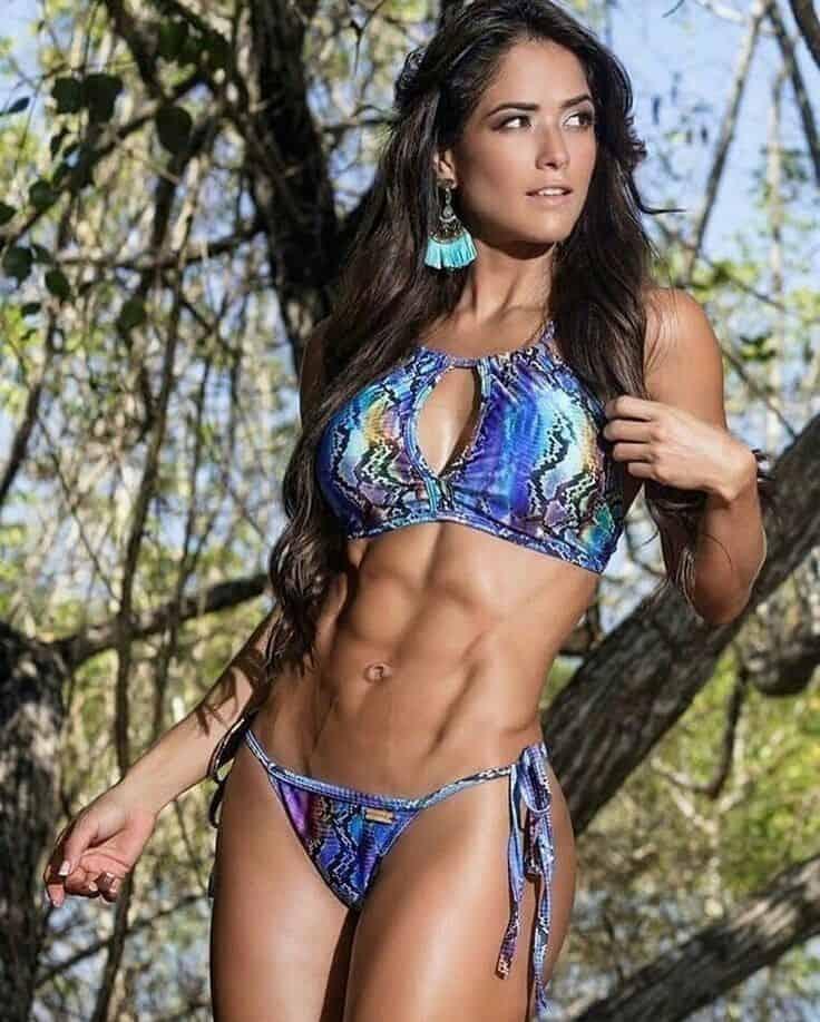 Fernanda D'Avila great abs