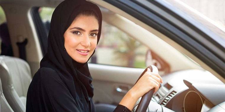 Emirati girl inside a car